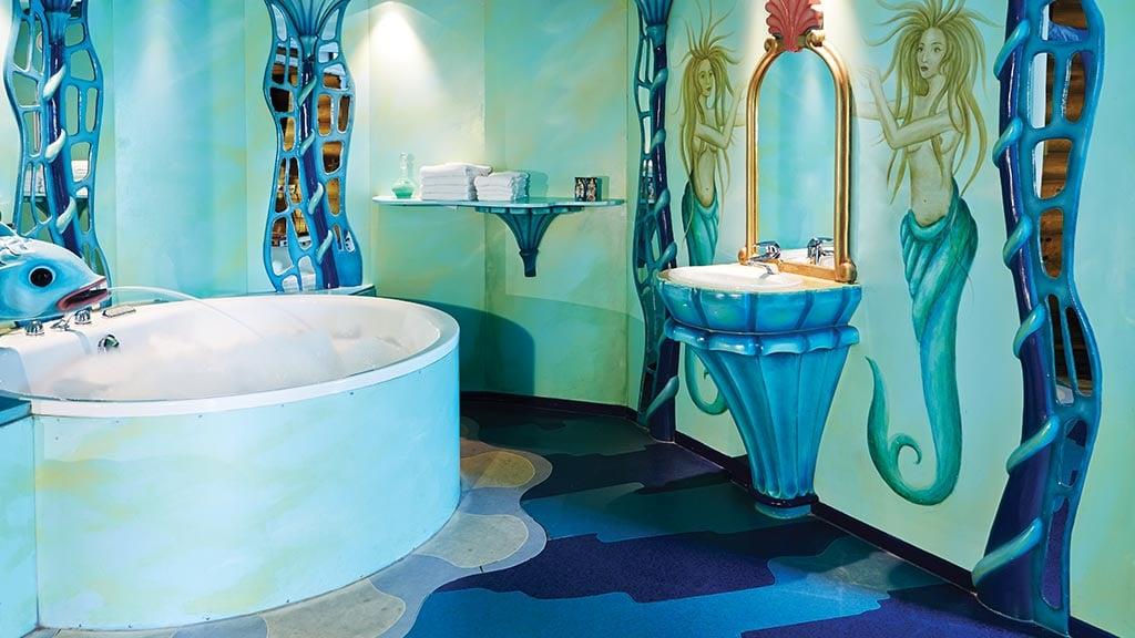 Übernachte in der Unterwasser-Suite im Efteling-Hotel