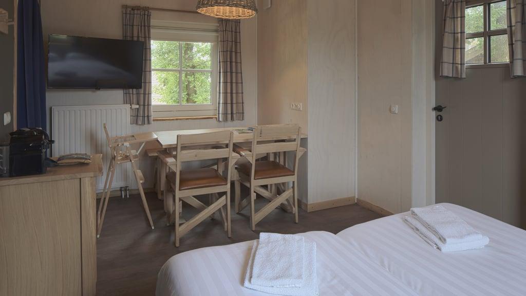 Boom In Woonkamer : Themenzimmer baum für 4 personen loonsche land hotel
