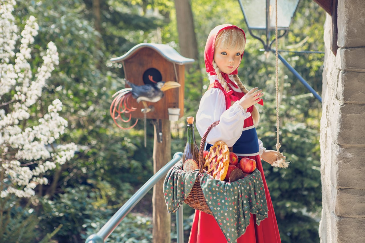 Tama Inubouzaki additionally Sooyoung Sadness Kpop Halloween Costume additionally Obama Sheep Mutant furthermore Japanese Fairy Tale Fashion as well Normal. on little red riding hood